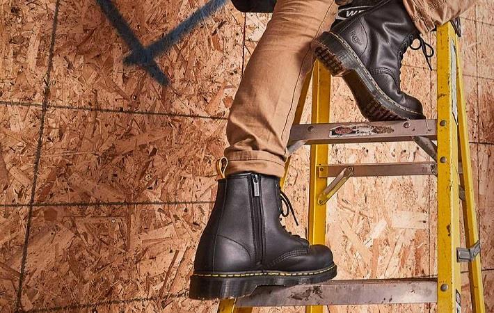 Pic: Michigan shoe