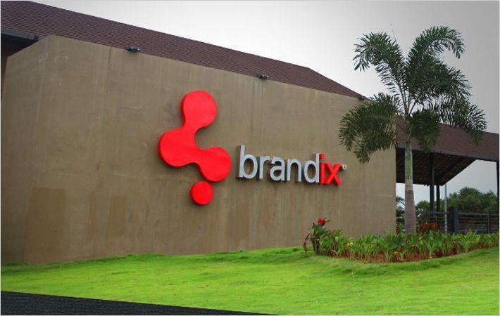 Brandix apparel plants in Sri Lanka, India make PPE - Fibre2Fashion