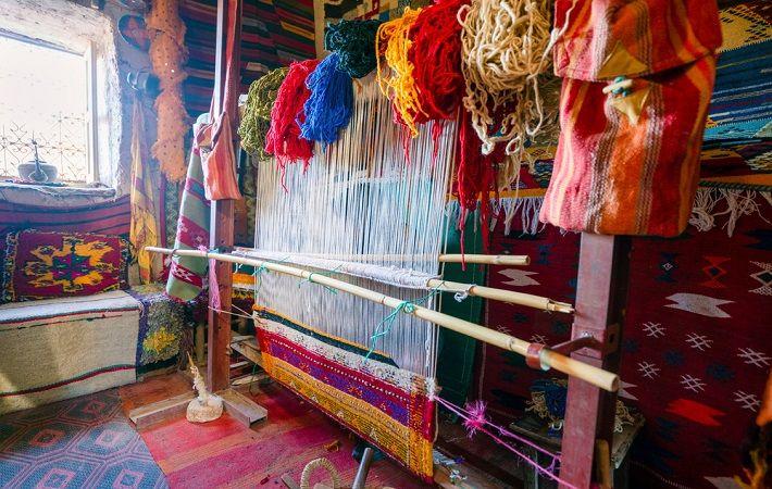 A view of carpet making in Morocco. Pic: Sopotnicki / Shutterstock.com