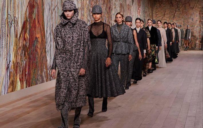 Louis Vuitton, Christian Dior propel French luxurious co LVMH's Q3 progress