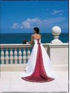 Colorful romance - Bridal trend of the year