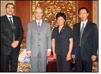 President He Fengxian meets Syrian Industrial Minister
