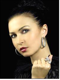 Liali Jewellery new line to set the mood