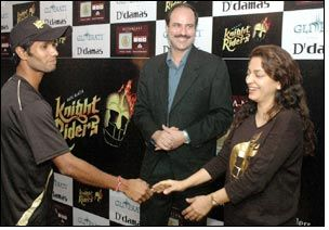 D'damas Glitterati wishes luck to Kolkatta Knight Riders