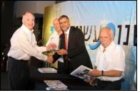Standard Textile President, Mr Heiman receives a Special Award