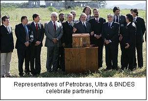 Representatives of Petrobras, Ultra & BNDES celebrate partnership