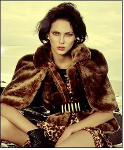 NEM launches new fashion lines for Christmas & Tet festival