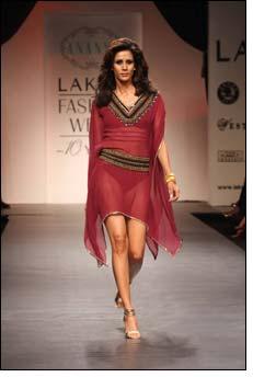 Nandita unveils Bohemian line at Lakme Fashion Week