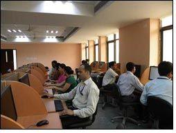 Faculty of FDDI back in school