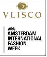 'correct' interpretation of Vlisco fabrics in modern way