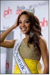 DSW hosts Miss America in Westheimer