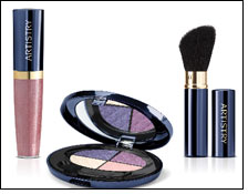 Hathaway to create ARTISTRY trend colour collection