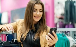 Selling to the pragmatic customers: Multichannel Retailing