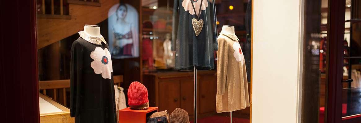 Mannequins in kid's retail