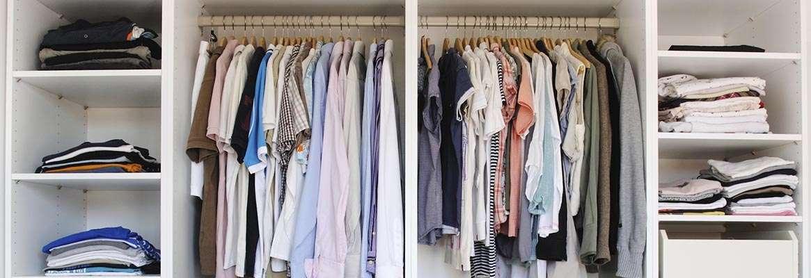 To hang or fold