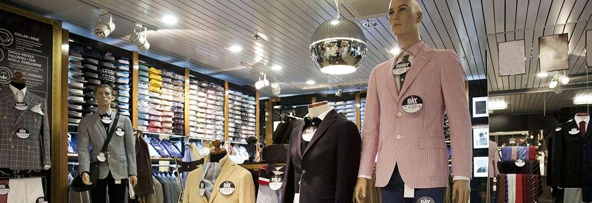 Silent Sales initiators of retail stores: Visual merchandising