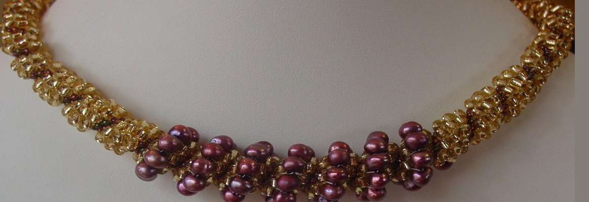 Handmade Beaded Jewelry: Details
