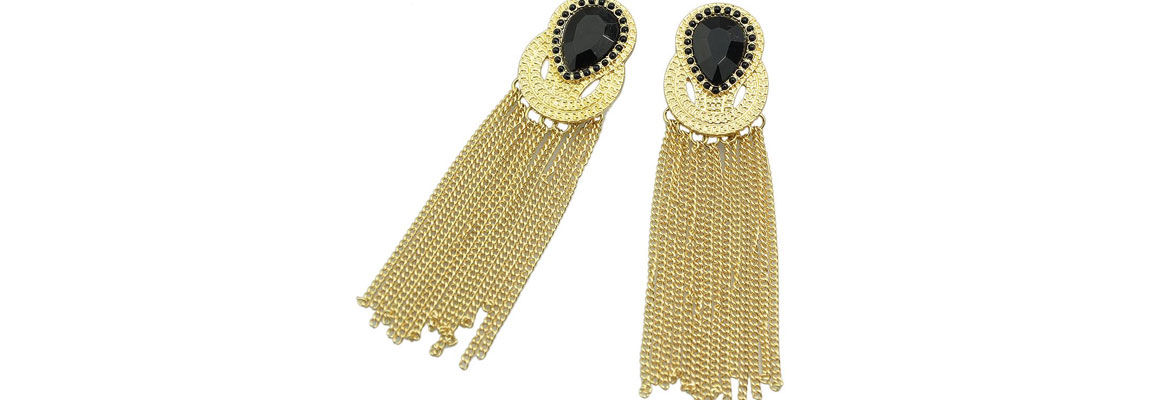 Drop Earrings Come In Many Designs