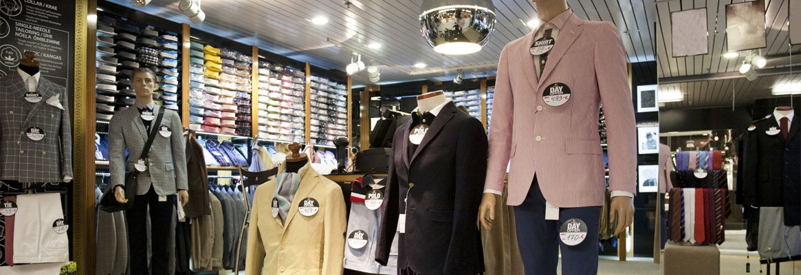 How Clothing Store Fixtures Make or Break a Business