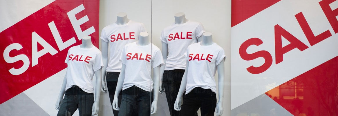 How Discounts & Offers Affect Big & Small Apparel Retailers