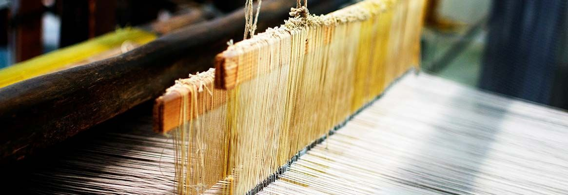A Case Study on Buckling of Weft on Different Looms