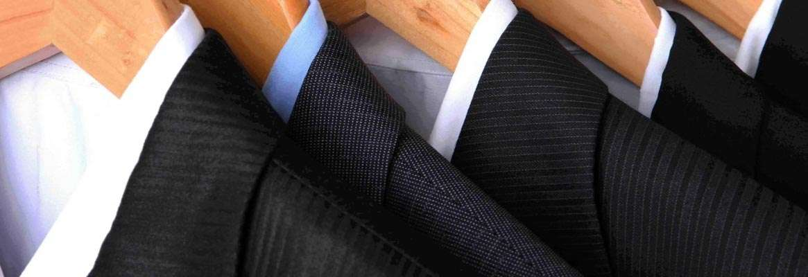 "Tips to Maintaining Wash and Wear Man""s Suits"