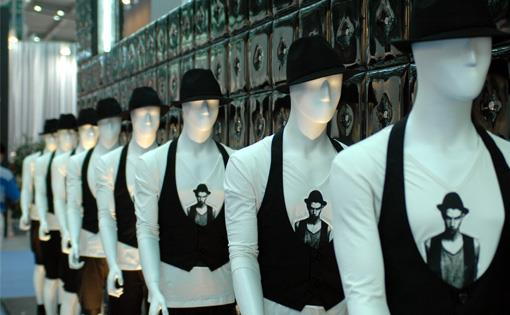 Mannequins-Musts_small