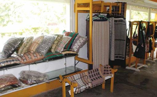 Weaving sustainability_small